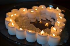 蜡烛心脏 免版税图库摄影