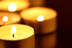 蜡烛温暖 图库摄影