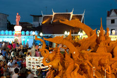 蜡烛游行节日显示。 免版税库存图片