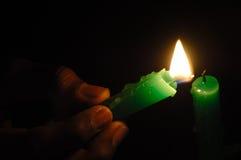 蜡烛点燃了 免版税库存照片