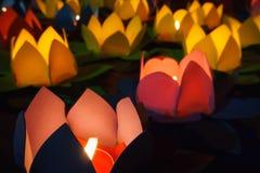 蜡烛莲花灯笼 库存图片