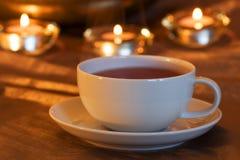 蜡烛轻的茶时间 免版税库存图片