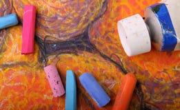 蜡笔柔和的淡色彩管 免版税库存照片