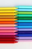 蜡笔的五颜六色的样式在白色背景中 库存图片