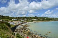蜥蜴半岛的Coverack村庄,康沃尔郡,英国 免版税库存照片