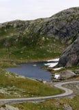 蜿蜒的山路 免版税库存图片