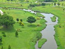 蜿蜒的河-公园 库存图片