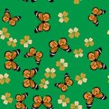 蝴蝶和花无缝的样式675 库存例证