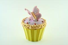 蝴蝶杯形蛋糕 库存照片