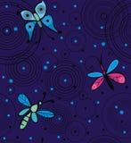 蝴蝶和蜻蜓在水 图库摄影