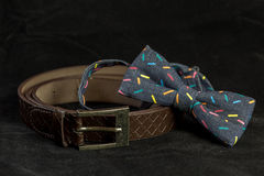 蝶形领结和传送带 免版税库存照片