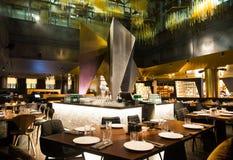 融合样式的霍尔餐馆 免版税库存照片