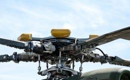 螺丝直升机mi 8关闭 图库摄影