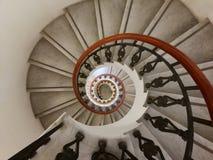螺旋形楼梯从上面 免版税图库摄影