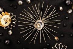 螺纹和金属细节金黄星  库存图片
