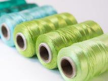 螺纹绿色卷  免版税库存照片