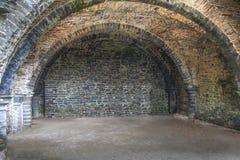 蠕动的城堡地下室 图库摄影