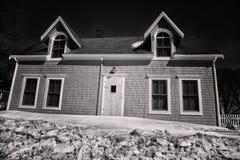 蠕动的房子 免版税图库摄影