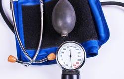 血液手工监控程序压 医疗设备 图库摄影