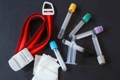 血液汇集集合和注射器 库存照片