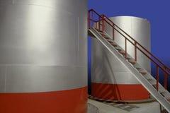 行业油石油化工厂储存箱 免版税库存照片