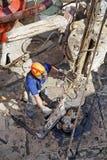 钻行业油西伯利亚适当的西部 工作在抽油装置 库存图片