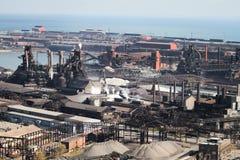 行业钢铁厂鸟瞰图 免版税库存照片