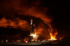 钻行业移动抽油装置 库存图片