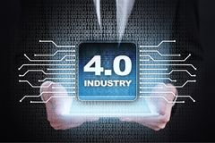 4行业 IOT 事互联网  聪明的制造业概念 4行业 0处理基础设施 背景 免版税库存照片