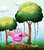 行使在森林里的妖怪 免版税库存照片