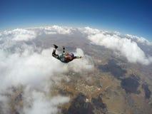行动的跳伞运动员 免版税库存照片