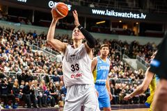 行动的马丁斯Meiers,在拉脱维亚和乌克兰之间的比赛期间 库存图片