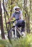 行动的骑自行车的人 库存照片
