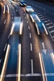 行动被弄脏的城市道路交通 库存图片