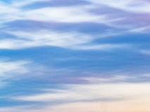 行动被弄脏的水彩天空 免版税库存图片