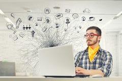 行家人用途膝上型计算机 混合画法 免版税库存照片