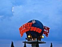 行星在拉斯维加斯主街上的好莱坞地球 库存照片