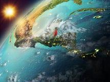 行星地球上的伯利兹在日落 免版税库存图片