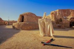 行星Tatooine的风景对&#x27影片的; 星Wars' 免版税库存照片