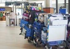 行李在男性机场,马尔代夫 免版税库存照片