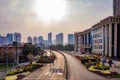 街市上海在金黄小时 库存图片