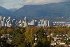 街市地平线温哥华 免版税库存照片