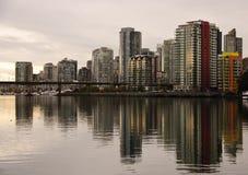 街市地平线温哥华 免版税图库摄影