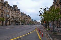 街市城市,对大道de la Liberte的看法 它是一条街道在卢森堡市,在南卢森堡 免版税图库摄影