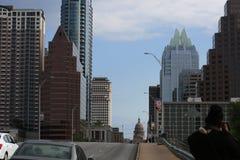 街市奥斯汀,国会大道 免版税库存图片