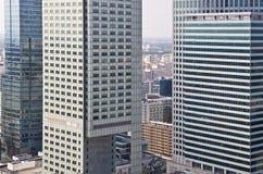 街市的华沙-现代摩天大楼空中照片  库存图片