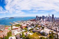 街市的码头和的旧金山的看法 图库摄影