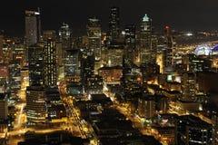 街市的西雅图,晚上视图 库存照片