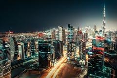 街市的迪拜,阿联酋 五颜六色的旅行背景 免版税库存图片
