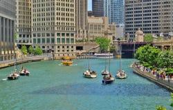 街市芝加哥江边,伊利诺伊 库存图片